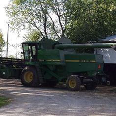 Already to go harvest so soybeans. #farm365 #agmorethanever #johndeere #soybeans #harvest2015  #harvest15 #ontag #cdnag