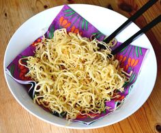 Grain-free crispy noodles made with parsnips! (without the parsnip-y taste) by TheHoneyedAlmond.com