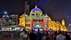 Flinders St, Melbourne, Australia. Practical & useful travel tips for the whole family. #travel #traveltips #travelwithkids at familyglobetrotters.com