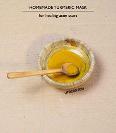Mascarilla de cúrcuma y aceite de coco para las cicatrices del acné.