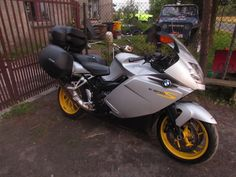 Bmw K1200S with SHAD Cases