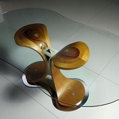 Mistral table