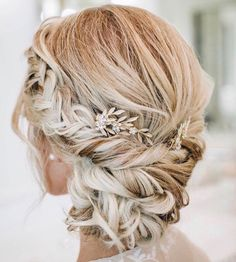 """287 Likes, 6 Comments - Bella Bianca Bridal Couture (@bellabiancabridalcouture) on Instagram: """"Here's some gorgeous wedding day hair #inspo for ya! ✨🙌🏻 