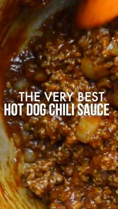 EVER Chili Dogs made with this quick and easy Hot Dog Chili Sauce recipe. - cooking recipes ideas -BEST EVER Chili Dogs made with this quick and easy Hot Dog Chili Sauce recipe. Chilli Recipes, Yummy Recipes, Sauce Recipes, Meat Recipes, Cooking Recipes, Chili Recipes With Beef, Game Day Recipes, Soul Food Recipes, Muffin Recipes