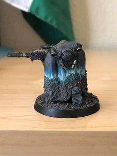 Discover recipes, home ideas, style inspiration and other ideas to try. Tau Warhammer, Warhammer 40k Space Wolves, Warhammer 40k Figures, Warhammer Paint, Warhammer Models, Warhammer 40k Miniatures, Space Marine Dreadnought, Figure Painting, Shark Painting
