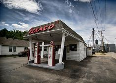 Several great old photos of Texaco stations and related stuff
