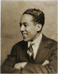 Langston Hughes one of my favorite poets. James Mercer Langston Hughes was an American poet, social activist, novelist, playwright, and columnist. He was one of the earliest innovators of the then-new literary art form jazz poetry. Boris Vian, Langston Hughes, Social Activist, American Poets, Harlem Renaissance, African Diaspora, African American History, Black History Month, Black People