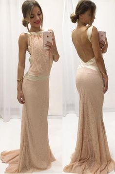 Krásne spoločenské dlhé šaty, ktoré sú výnimočné odhalým chrbtom. V týchto šatách budete neprehliadnuteľná a neodolateľná. Ak chcete zažiariť na stužkovej, svadbe, plese alebo promóciách, tieto šaty budú vhodnou voľbou.