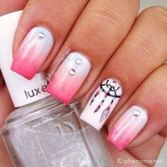 Gradient with Dreamcatcher nails Dream Nails, Love Nails, How To Do Nails, Gorgeous Nails, Pretty Nails, Dream Catcher Nails, Indian Nails, Manicure, Beautiful Nail Designs