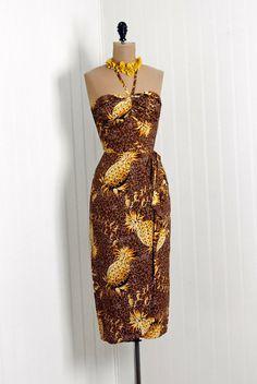 VINTAGE PINEAPPLE DRESS.