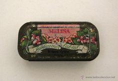 Antigua caja de lata de bálsamo labial Margaret Astor. Melissa. Maquillaje.