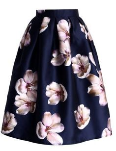 Peach Blossom Midi Skirt in Navy - Skirt - Bottoms - Retro, Indie and Unique Fashion oh my god, this with a matching navy bralet, fuck yeah. Unique Fashion, Look Fashion, Modest Fashion, Hijab Fashion, Indie Fashion, Skirt Fashion, Fashion Styles, Fashion Women, Fashion Beauty
