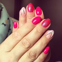 """""""Look how cute they are  #nailies #nailart #sharpie #cute #pink #nails #summerproof #bling #nailpromotion #nails2inspire #instanails #nailcode #naildesign…"""""""