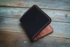 Men's Leather Bifold Wallet Horween leather by Manufacturabrand