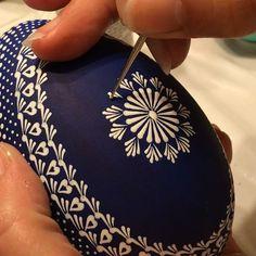 #eastereggs #pattern #basketdecor #decor #decoration #spring #springiscoming #cute #arte #blue #handpainted #mandala #acrylics #pysanky #slovakia #kraslice #rucnemalovane #folkart #traditional #mandala #stpete #dope #design #coffee