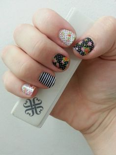 Definitely my favorite jamicure so far - created with Cup of Tea and Black/White stripes! :)