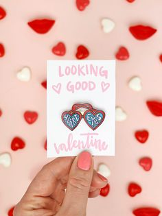 Make your own DIY pin valentines! Free printables and tutorial for making cute enamel style pins super easily. Great Valentines Day Gifts, Valentines Day Decorations, Valentines Day Party, Valentine Day Crafts, Valentine Ideas, Valentines Jewelry, Funny Valentine, Free Printable Cards, Valentine's Day Printables