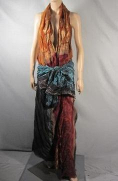 Lucy Lawless wore this sexy Roman gown as Lucretia in SPARTACUS from Season  Episode 4