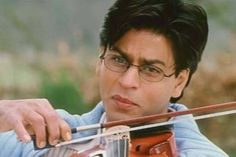 Shah Rukh Khan thinks Salman Khan and Aamir Khan are ahead of him - Interesting statements made by Bollywood celebs Shah Rukh Khan Movies, Udit Narayan, Yash Raj Films, Chennai Express, Lata Mangeshkar, Sara Ali Khan, Coffee Pictures, Times Of India, Photo Story