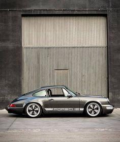 Porsche 964, Porsche Cars, Singer Porsche, Porsche Garage, Custom Porsche, Porsche Classic, Classic Cars, Vintage Porsche, Vintage Cars