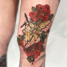 Pretty Tattoos, Cute Tattoos, Beautiful Tattoos, Flower Tattoos, Body Art Tattoos, New Tattoos, Sleeve Tattoos, Tatoos, Thigh Piece Tattoos