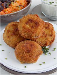 ...konyhán innen - kerten túl...: Parmezános rántott gomba Vegetable Recipes, Muffin, Paleo, Vegetables, Breakfast, Food, Life, Easy Meals, Morning Coffee