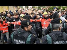 Spanish police intervene to stop referendum in Catalonia FRANCE 24 English