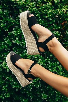 Seaside Heights Scallop Espadrille in Black-$39