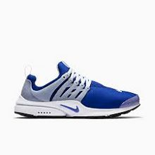 Blending lightweight materials with supportive design these run-ready sneakers from Nike offer 360 degrees of flexibility.   Textile upper/fabric upper; inner sole: leather/rubber sole   Imported   F