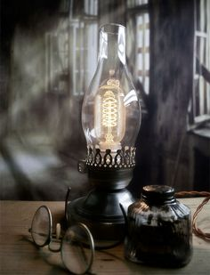 Hey, I found this really awesome Etsy listing at https://www.etsy.com/listing/116562735/colonial-lincoln-lamp-colonial-light