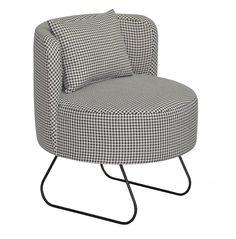 Nowoczesny Fotel Lever w Pepitkę Happy Barok #fotel #armchair #chair #meble #furniture #house #home #dom #mieszkanie #homedesign #homedecor #livingroom #livingroomdesign #salon #new #polish #design #designer #happy #barok #thebest #pepitka #shepherdscheck #chesck #houndstoothcheck #plaid #pillow #poduszka #onemarket.pl