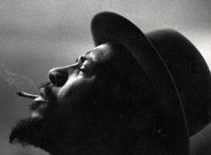 Theloniuos Monk- W. Eugene Smith Smith was famous for intense, at times obscene images of life and war. He captured whole stories in a single frame. This photo of Monk's face as he plays piano, captures something of the ecstasy of jazz. Jazz Artists, Jazz Musicians, Music Artists, Jazz Composers, Center For Creative Photography, Eugene Smith, Thelonious Monk, Duke Ellington, Jazz Blues