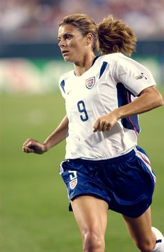 """The irony of it all, of course, is that Mia never wanted the attention. She just wanted to play. And she wanted to win. I mean, she REALLY wanted to win. "" - Julie Foudy on Mia Hamm"