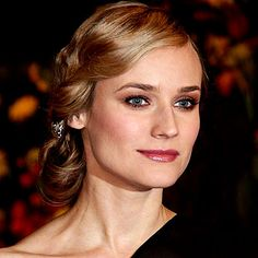 Formal event hair style - Diane Kruger - LOVE IT!