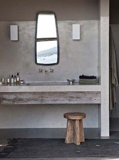 Le béton ciré révèle la salle de bains