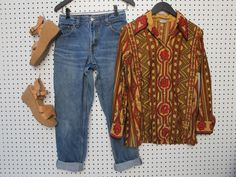 vintage 70s / geoflower / blouse by dryvintageandthrift on Etsy, $20.00