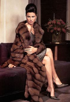 Fur Coats and Accessories: Real Fur Coats are Eco-Friendly Chic A fine natural p. - Fur Coats and Accessories: Real Fur Coats are Eco-Friendly Chic A fine natural product, fur is a bi - Fashion Moda, Fur Fashion, Look Fashion, High Fashion, Winter Fashion, Womens Fashion, Petite Fashion, Looks Style, My Style