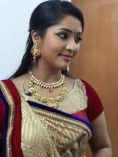 Navya N air Photos - Navya Nair in saree Beautiful Girl In India, Most Beautiful Indian Actress, Beautiful Saree, Beautiful Actresses, Beautiful Women, Beautiful Bride, Beautiful People, Beauty Full Girl, Beauty Women