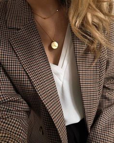 outfit with blazer Fall Fashion Outfits, Mode Outfits, Fashion Weeks, Look Fashion, Winter Fashion, Womens Fashion, Fashion Trends, Fashion Dresses, Looks Chic