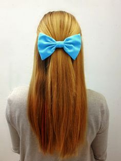 So simple yet so cute! How many of you love bows?