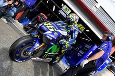 MotoGP: Rossi iguala Lorenzo e Márquez no número de poles
