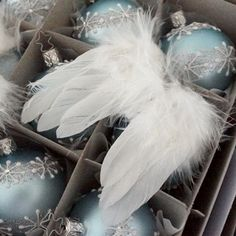 White anglewings on iceblue balls from CuteChristmas.dk