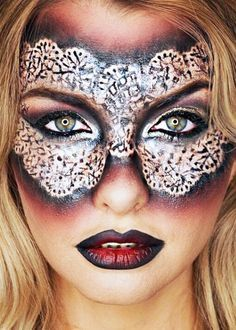 HOW TO CREATE A LAST MINUTE HALLOWEEN COSTUME WITH YOUR MAKEUP | No Costume? No Problem.