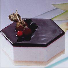 El hexágono invernal es una forma astronómica que se forma en el hemisferio norte en verano. Para Ehosa es un postre que decora la mesa y convence su sabor.