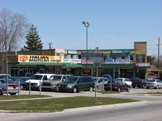 Toronto: The Metropolitan suburb of the - SkyscraperPage Forum Scarborough Ontario, Canadian Things, Sidewalk Cafe, Suburban House, Downtown Toronto, Seven Wonders, Keep It Real, Cnd, Pedestrian