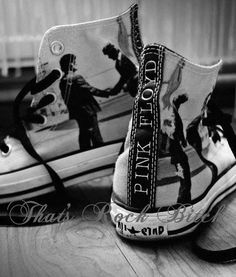 wow two awesome things toguether converse+pink Floyd