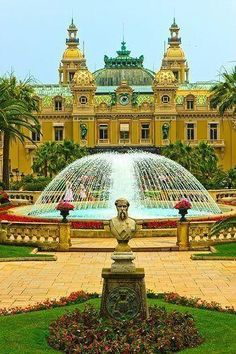 #travelcolorfully monte carlo casino garden
