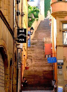   ♕    Old Quarter steps - Vieux Lyon, France