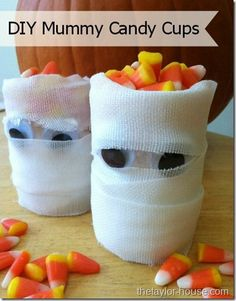 The Taylor House: Halloween Crafts: DIY Mummy Candy Cups #Halloween #Halloweencrafts