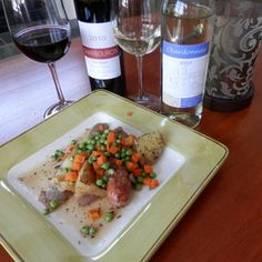 March 2012 - Erie Shore Vineyard's 2010 Chambourcin and 2010 Chardonnay with Dublin Coddle. Coddle, Serving Ideas, Essex County, Wineries, Dublin, Brewery, Ontario, Awards, Toast